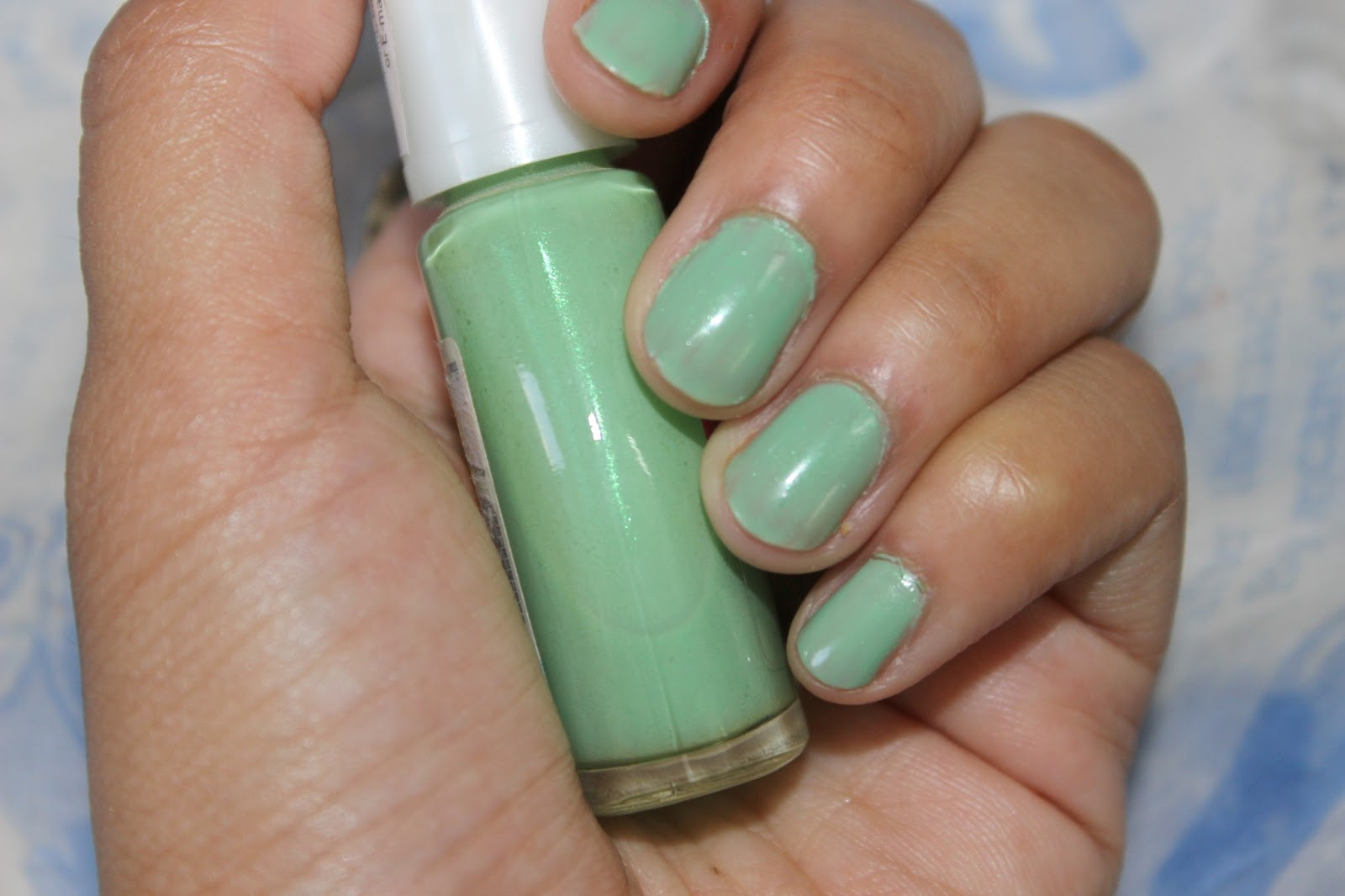 Maybelline Coloroma Nail Polish in Absinto; Review & Swatches ...