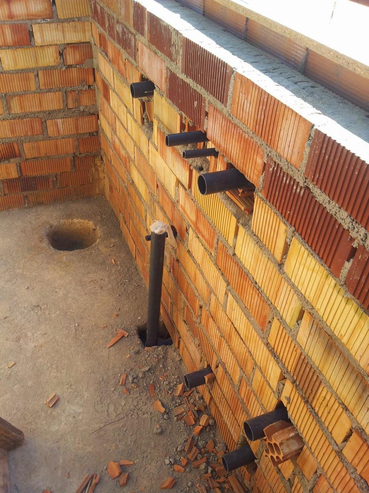 paso se procede a montar las bateras de tuberas de los soplantes que irn en el suelo del jacuzzi en este caso se hacen dos bateras