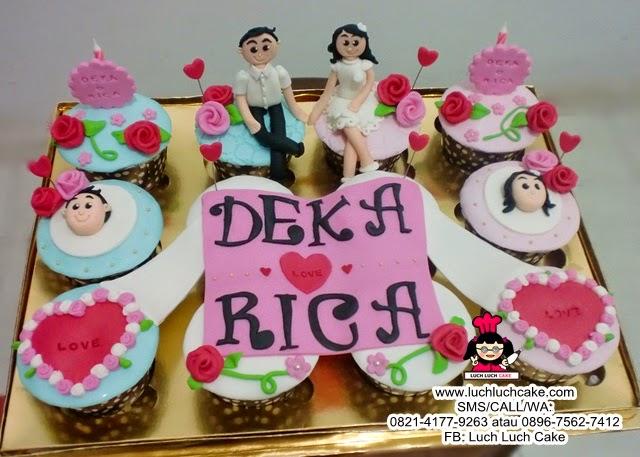 Cupcake Tunangan Romantic Couple Daerah Surabaya - Sidoarjo
