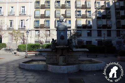 Plaza de Pedro Zerolo - Descubriendo Mayrit