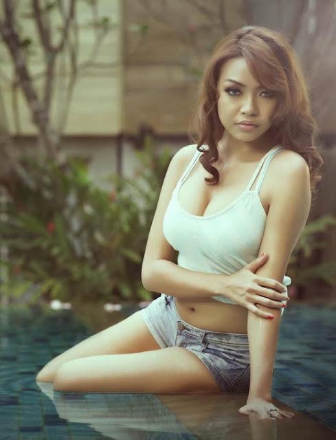 Wanita Karir Cantik Sexy Bugil Hot Montok Jepang - Download Bokep ...