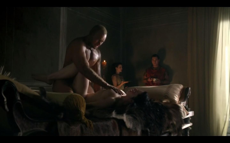 Naked manu nude bennett