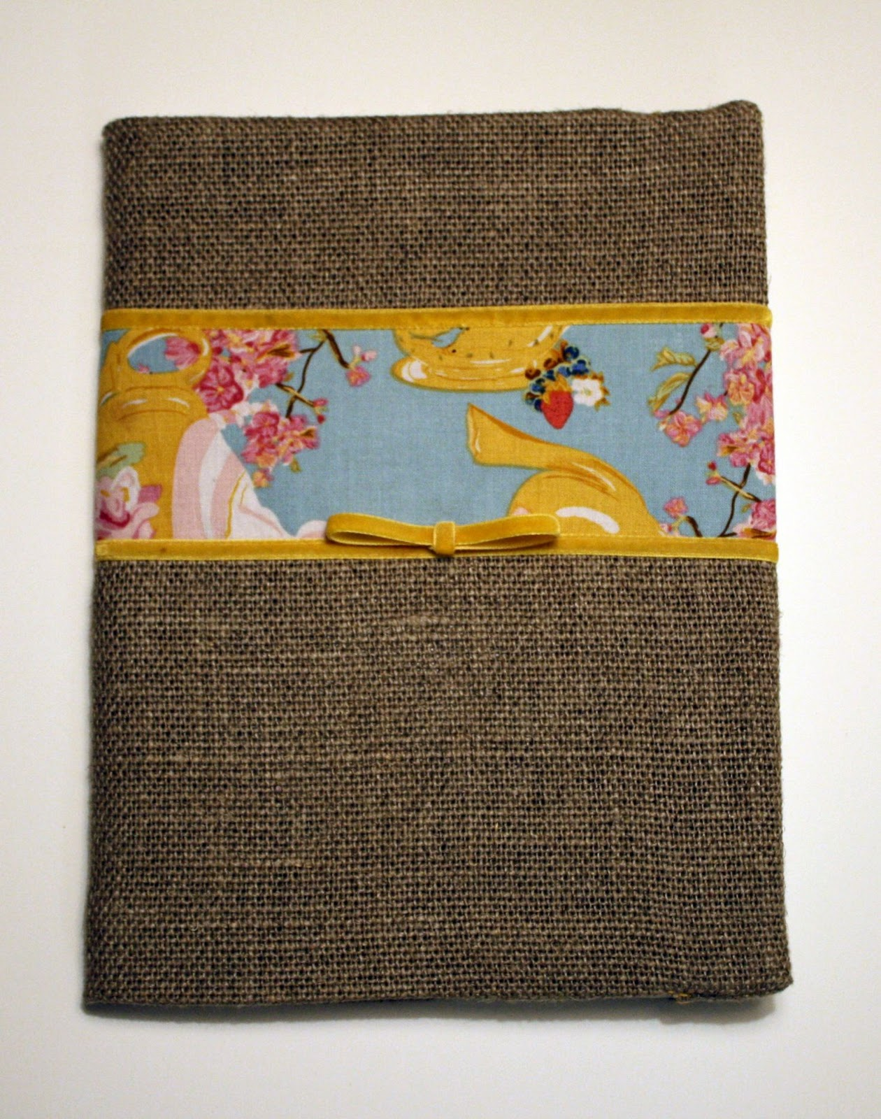 Sewn Book Cover Tutorial : Sew grown book or journal cover tutorial