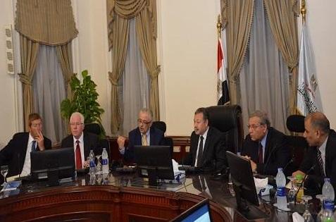 التعليم اليوم - التدريب الدولى لـ 10 الاف معلم بنطام الكارت الذكى فى مصر للمرة الاولى