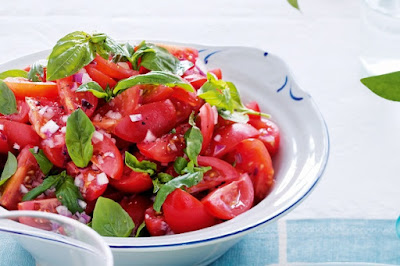 Roma tomato and basil salad Recipe