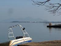 琵琶湖遠方に近江富士(三上山)がみえる!