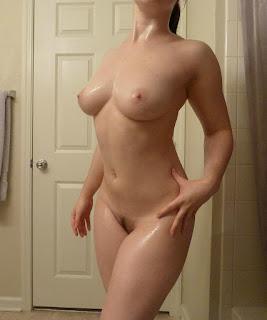 裸体艺术 - rs-1449517533422-714656.jpg
