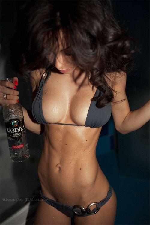 Alexander Tikhomirov fotografia mulheres modelos morenas gostosas seminuas