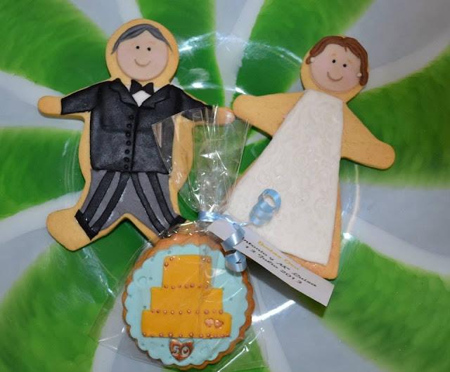 Galletas decoradas Bodas de Oro novio novia tarta fondant
