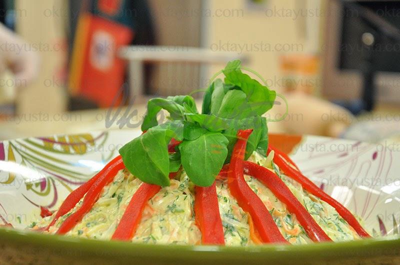 Havuçlu Kereviz Salatası Tarifi Yapımı