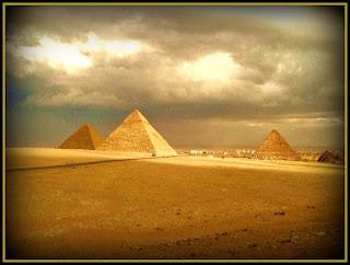 Giza piramitler, Kefren, Keops, Mikerinos