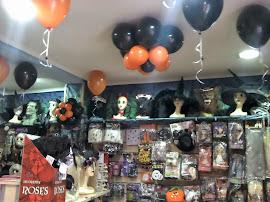DISFRACES y decoración con GLOBOS . Click en la foto !