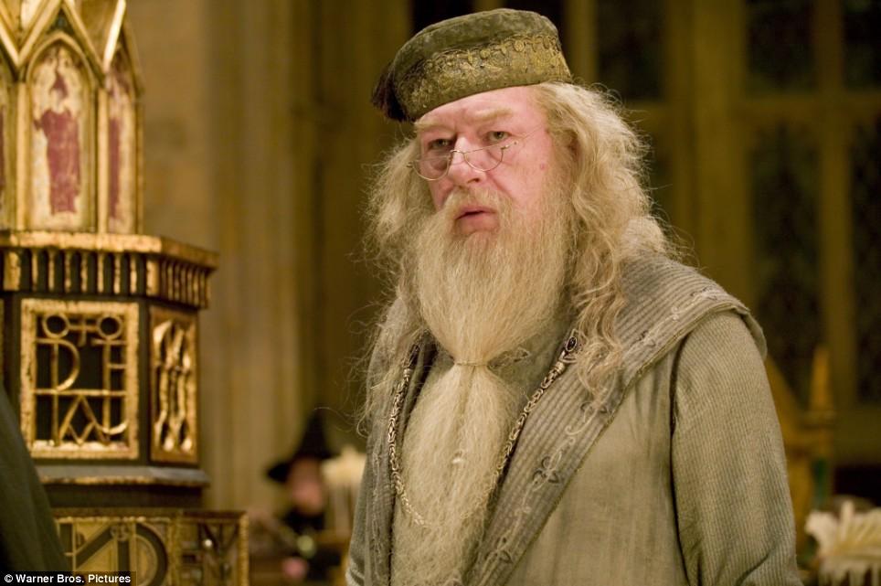 Harry Potter e as Relíquias da Morte - Parte 2 - US$ 1,008,460,000 Michael+Gambon+Dumbledore