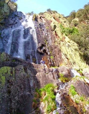 Rios y Lagos - Cascada