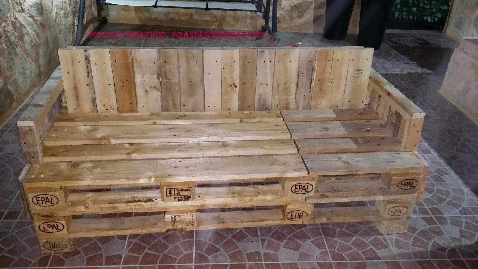 Tavolo Da Lavoro Con Bancali : Panche da giardino con pedane epal fatte in casa mobili fai da te