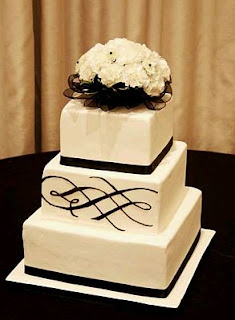 Wedding Cakes in Black & White