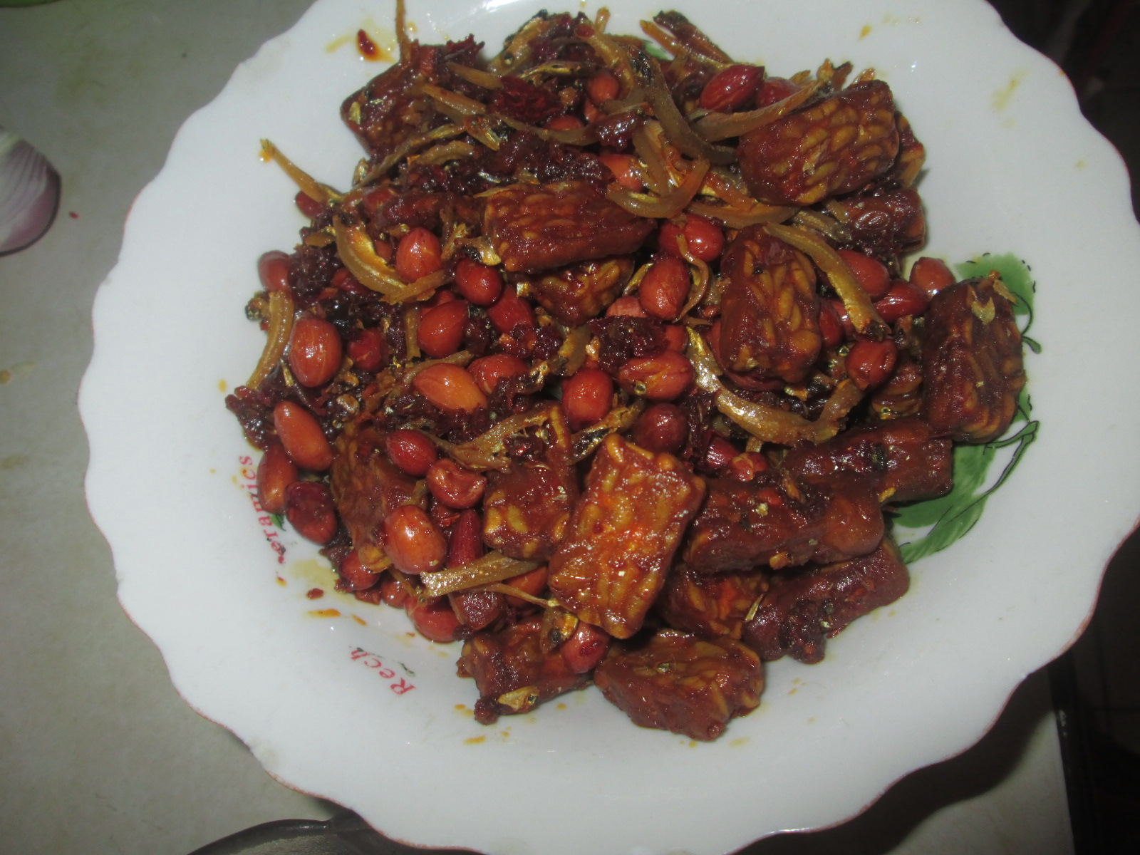 Resepi Sambal garing tempe bersama kacang dan ikan bilis
