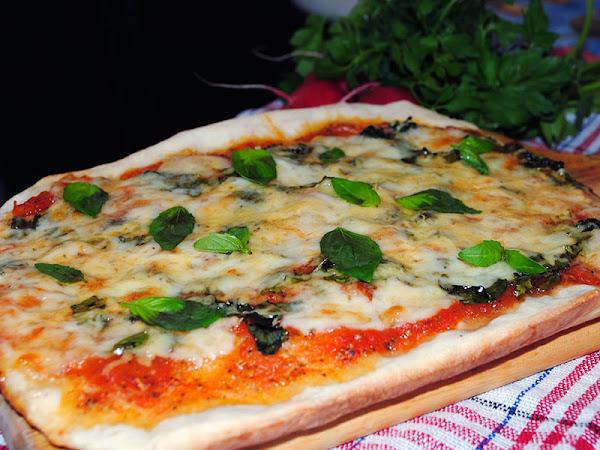 """Пицца """"Маргарита"""". Простой рецепт."""