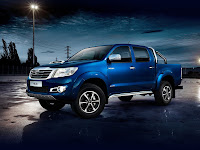 2014 Toyota Hilux Invincible Japanese car photos 2