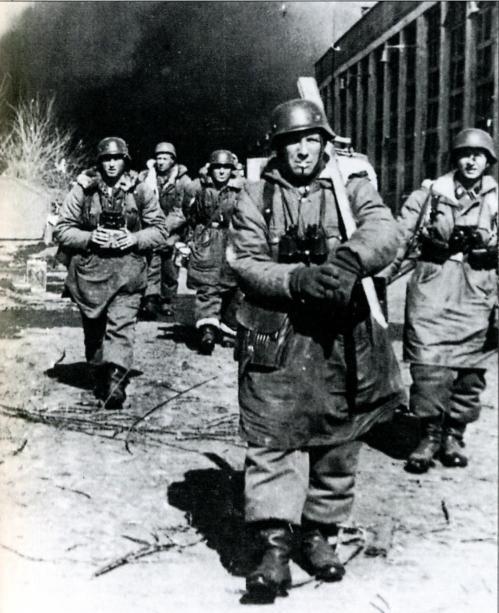 Возвращение немцев в харьков 15