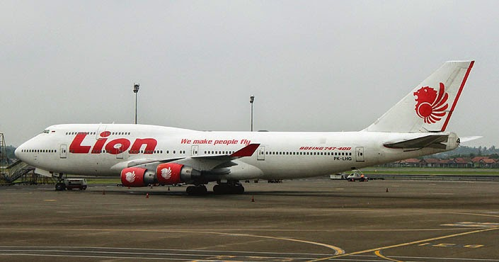 Pesawat Terbesar di Dunia ke-6 Boeing 747-400