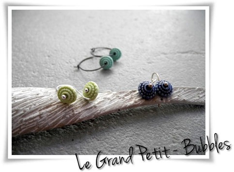 porcelain earrings - Le Grand Petit - Bubbles 8mm with sterling silver earwires made by suus Notenboom