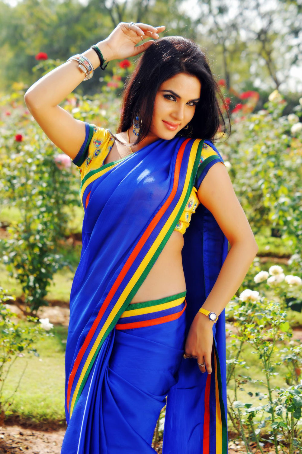 hot exotic ethnic Kavya singh in saree hot pics from half boil telugu movie