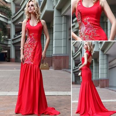 Kırmızı Balo Elbiseleri