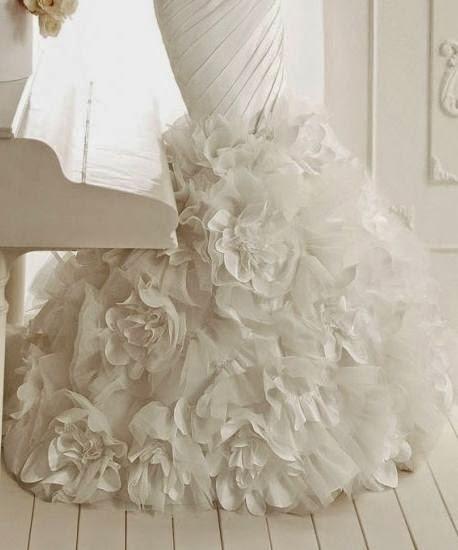 Vestido de Novia Sirena Drapeado con Flores