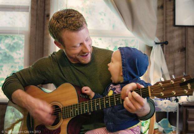 muốn cho con học guitar