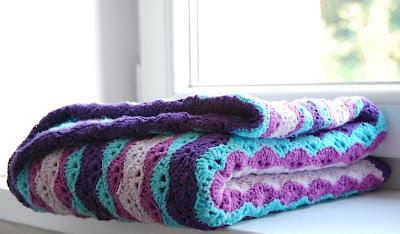 http://2.bp.blogspot.com/-0Lj6bSuH7mM/UGyAJwRk3AI/AAAAAAAAEaM/7y26MpRexHA/s400/blanket-3.jpg