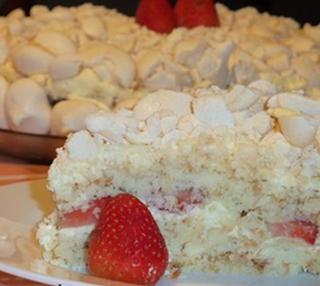 Torta de bolacha com morango light