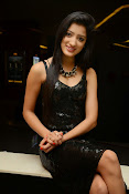 Richa panai latest glam pics-thumbnail-10