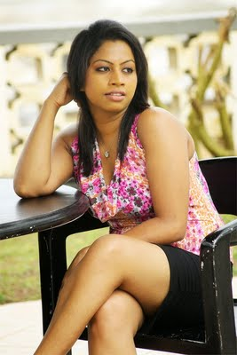 Srilankan Hot Girls