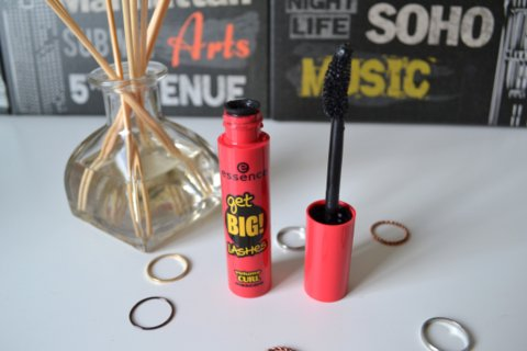 Essence Get Big Lashes Volume Curl Mascara