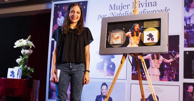 La cantante mexicana Natalia Lafourcade | Ximinia