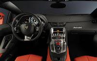 Lamborghini Aventador LP 700-4 dash