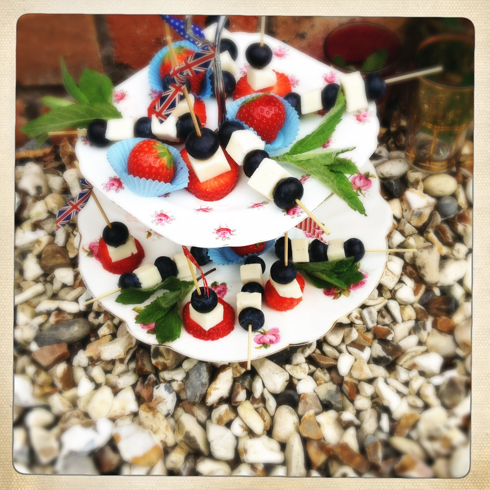 Slice of slim jubilee celebrations idea no 1 fruit for How to make canape cases