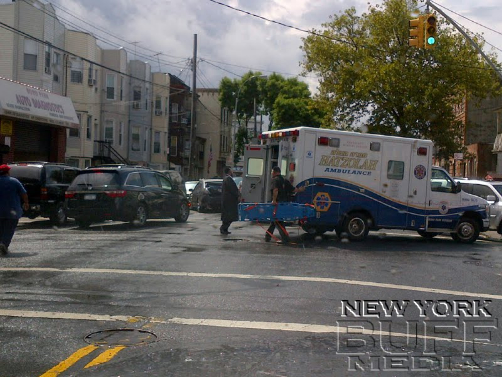 New York Buff Media Two Injured In Brooklyn Accident