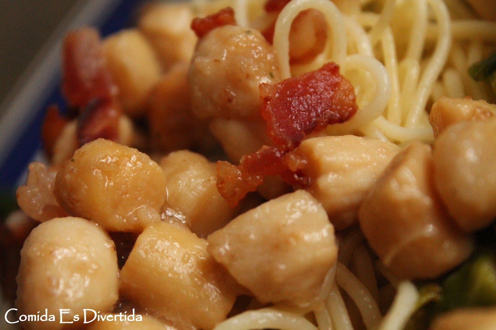 Roasted Scallops With Breadcrumbs And Bacon Recipe — Dishmaps