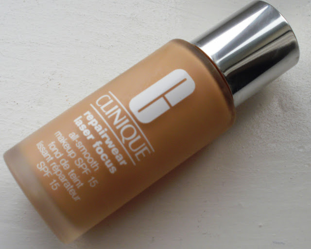 Clinique RepairWear Laser Focus Foundation