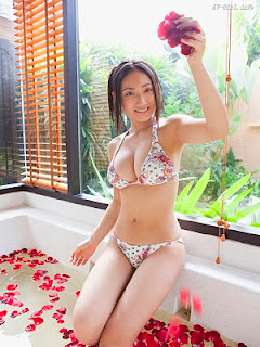 Saaya Irie Japanese girl in bathroom 3