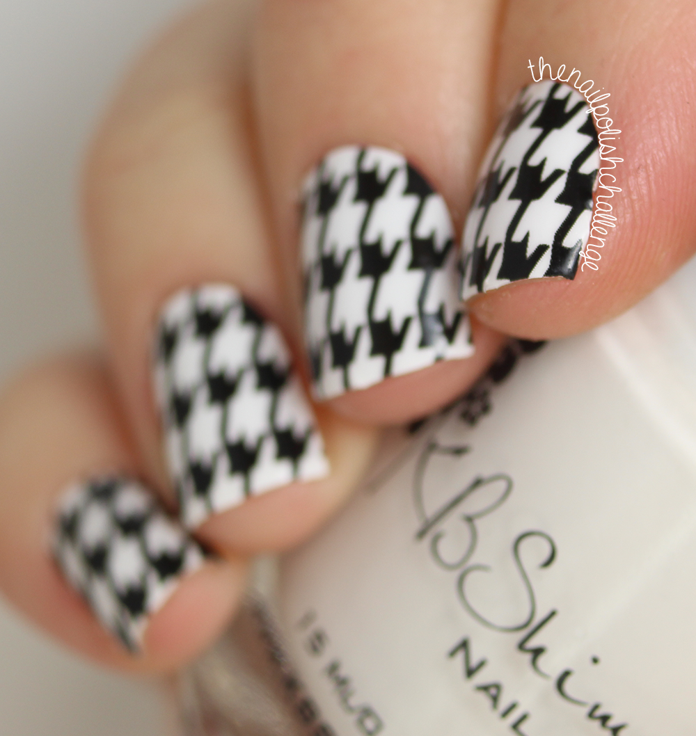 Kelli marissa the digit al dozen does patterns on patterns the digit al dozen does patterns on patterns houndstooth florals with omg nail strips prinsesfo Gallery
