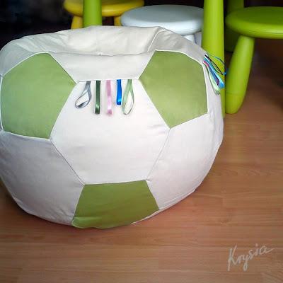 poducha pufo piłka z tasiemkami