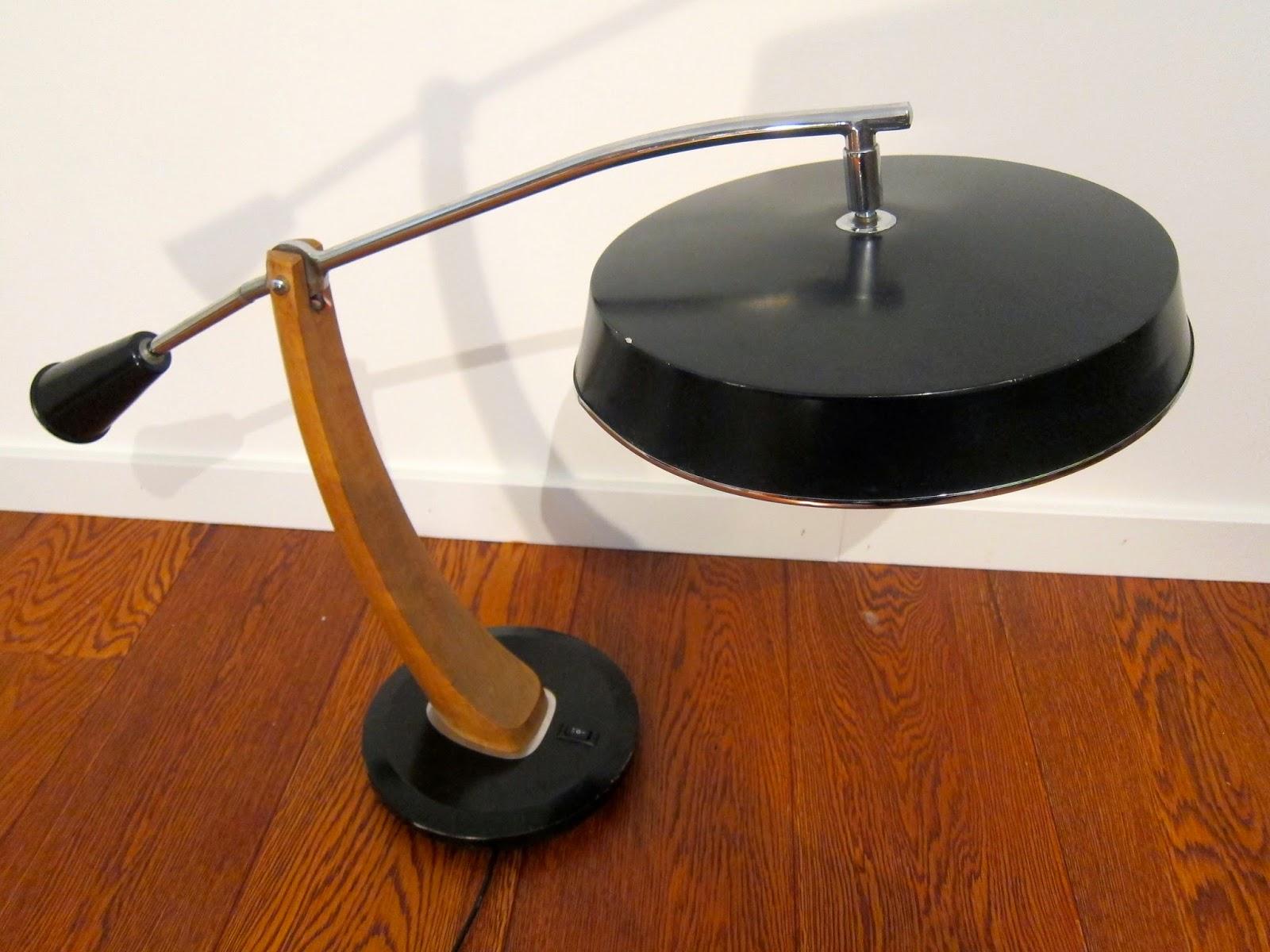 Lampe de bureau fase mod le el pendulo 50 39 s la fabrique - Lampe pipistrello prix ...