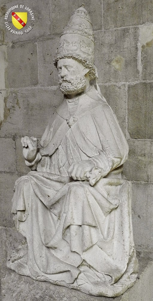 PULLIGNY (54) - Statue de Saint-Pierre (XVIe siècle)