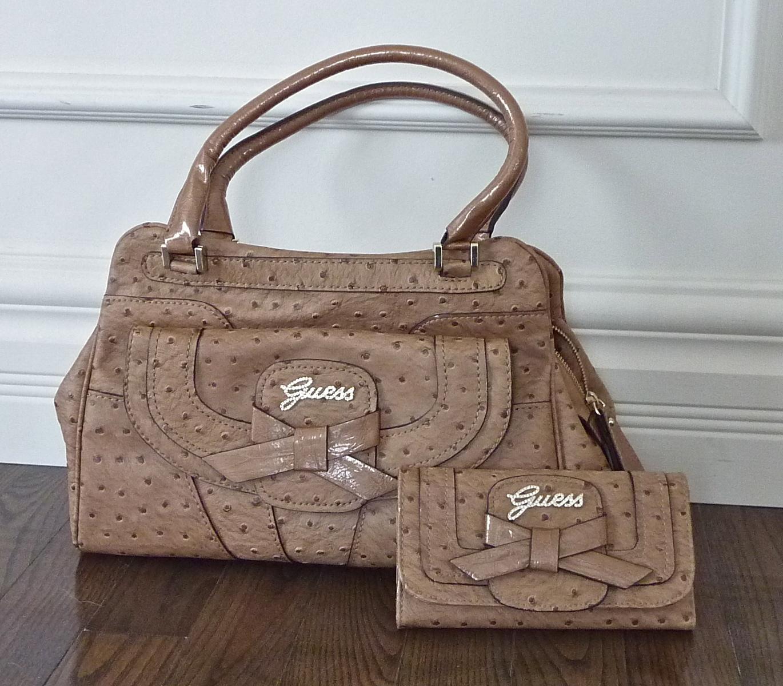 Porte Guess Wallet Sacs Et Mains Handbags Look And À Feuilles ~ wfwXFZtq