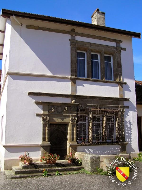 SAINT-JULIEN (88) - Ancienne maison de Justice (1551)