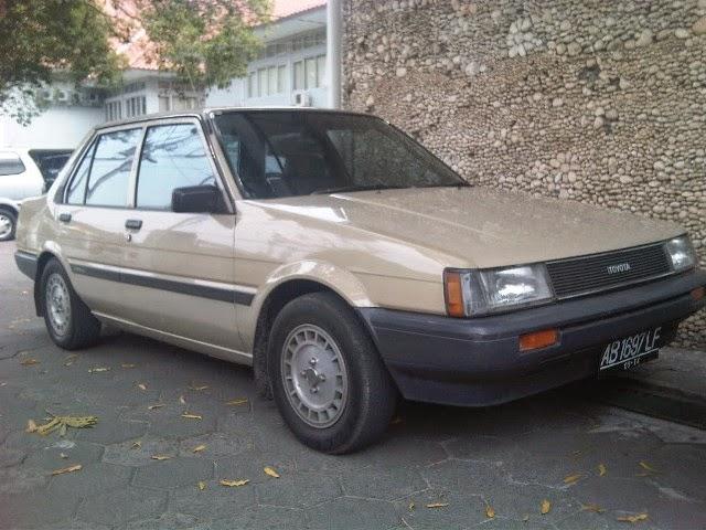 Toyota Corolla GL (1984)