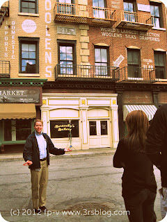 "Warner Bros. Studio Tour: tour guide on the ""Chicago"" street"